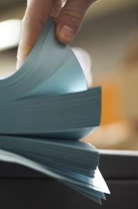 papier bleu 300x450